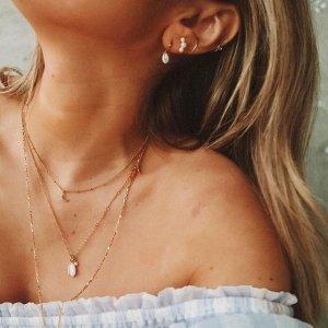 5折起!£37收月亮项链 钻石耳夹£20折扣升级:Astrid & Miyu 夏日大促 精美项链、耳钉、戒指热卖中