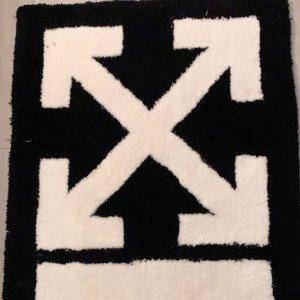 5折起+最高叠7折!T恤€157Off-White 最强大促 入新款箭头Logo、夹子包、春夏新款等