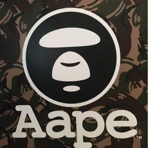 手慢无 €120收logo衬衫Aape 潮人必备 BAPE的小老弟来啦 收炫酷外套、迷彩双肩包