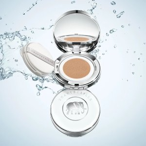 ChantecailleFuture Skin Cushion Skincare Foundation