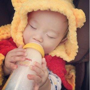 $5.5 (赠98积分/相当于9折)Pigeon 贝亲自然实感奶嘴 2只装 宝宝不排斥 爸爸也能喂夜奶