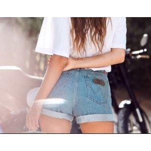 牛仔短裤 奇迹蓝