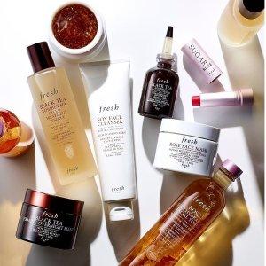 送最高31件好礼Fresh美妆护肤品热卖 收玫瑰水、黄糖护唇膏