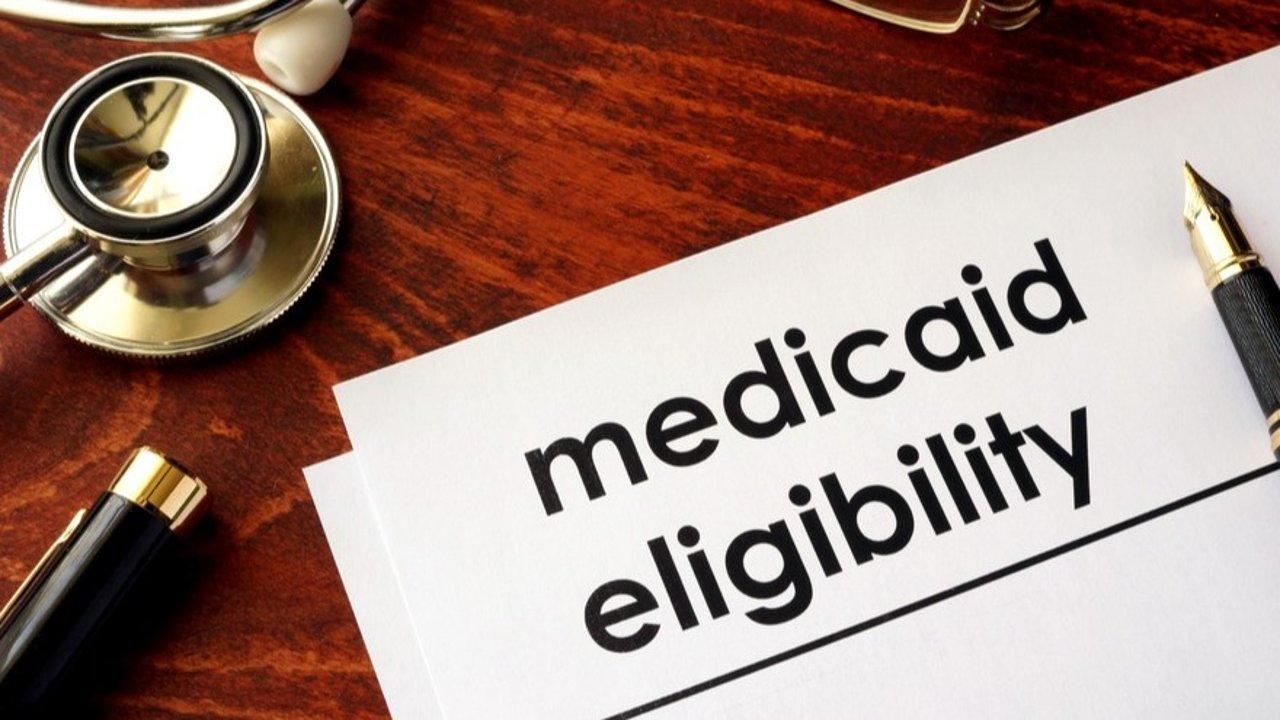 白卡 Medicaid 美国医疗补助计划   2020 白卡申请条件、是否影响入籍、如何取消