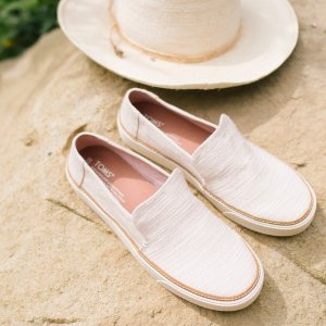 30% OffSitewide @ TOMS