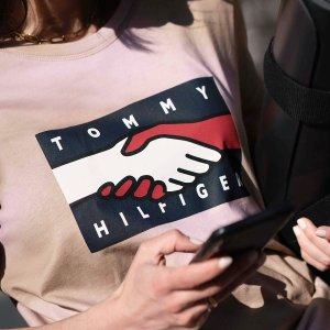 低至3折+满$100额外6折Tommy Hilfiger 全场大促 学院风毛衣$39,度假风仙女裙$101