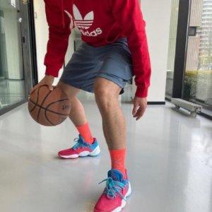 $35.81 (原价$80) 大码adidas Originals Trefoil 男士连帽卫衣  穿出oversize时髦感