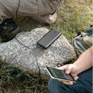 Anker PowerCore 26800毫安时超大容量充电宝 6.8折特价