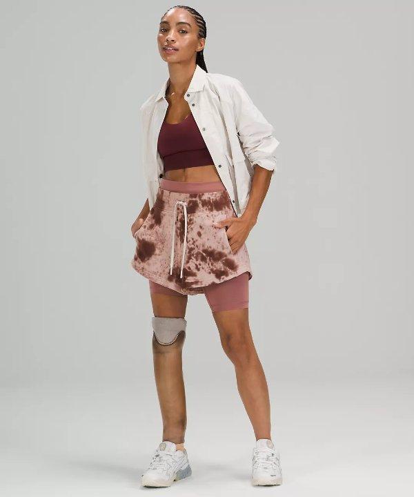 Inner Glow 短裤
