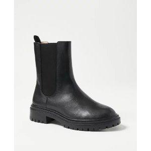 Ann Taylor切尔西靴