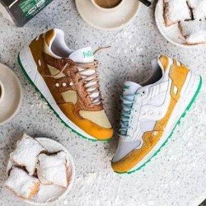 低至4折 复古跑鞋$20起BD狂欢节:Saucony 运动鞋、休闲鞋限时大促 跑鞋中的劳斯莱斯