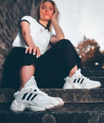 Magmur 女鞋