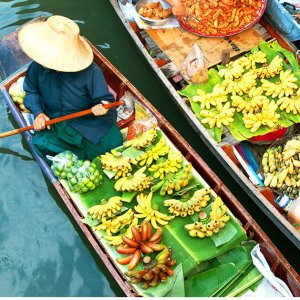 $1999Air & 11-Day Tour of Bangkok, Hong Kong, and Dubai