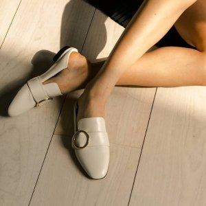 低至5折  £270收经典白色平底鞋Bally冬季特卖 好看又好穿的乐福鞋