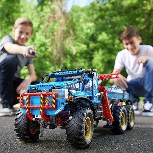 $264.79 LEGO Technic 6x6 All Terrain Tow Truck 42070 Building Kit (1862 Piece) @ Amazon