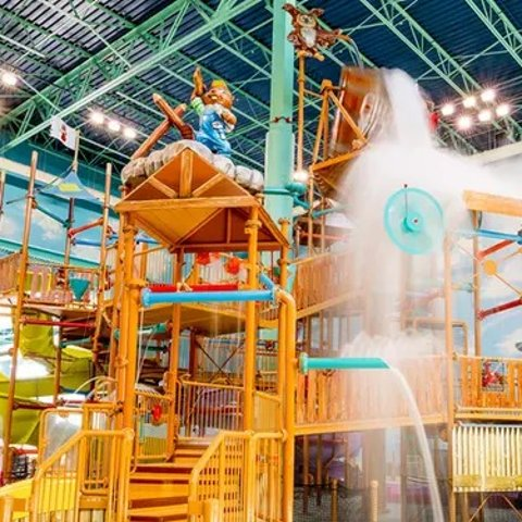 Stay with Daily Water Park Passes at Great Wolf Lodge Chicago/Gurnee in Illinois