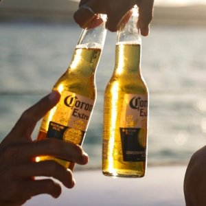 $49/24瓶(原价$5.09/瓶)Corona 科罗娜特级啤酒限时特价 搭配柠檬口感绝佳