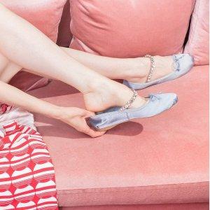 低至4折多双降价:Miu Miu专场,芭蕾舞鞋$300收