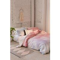 Urban Outfitters 床品套装