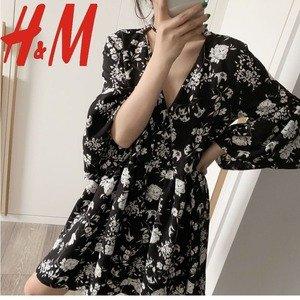 低至3折 5.99起收V领碎花裙上新:H&M 碎花裙专区 多款再降价 趁夏天结束前多穿几天