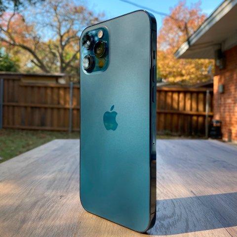 你的下一台相机 何必是相机iPhone 12 Pro Max 评测, 拍照是检验旗舰机的唯一标准?