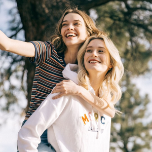 Up to 30% Off + Extra 15% OffSpring Essentials @ Aeropostale