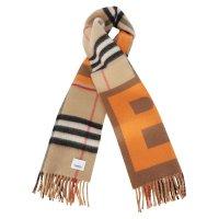 Burberry 格纹围巾