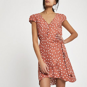 20% OffFull Price Items @ River Island US