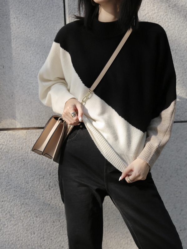 Meredith羊毛毛衣- Black & White