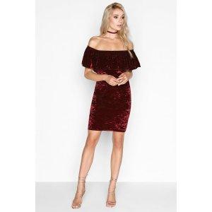 酒红色天鹅绒裙