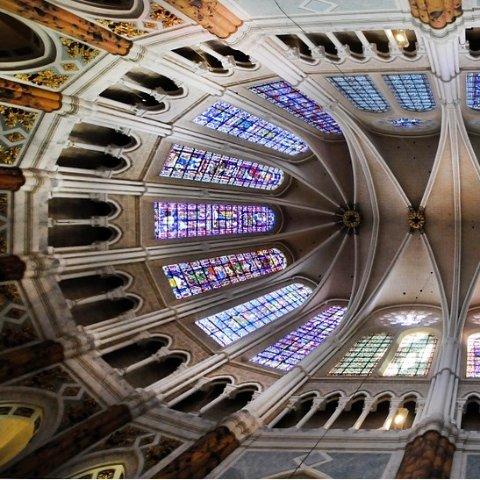 和巴黎圣母院擦肩的我 不想再错过欧洲8大哥特式教堂大盘点 这个夏天我想与古建筑相拥