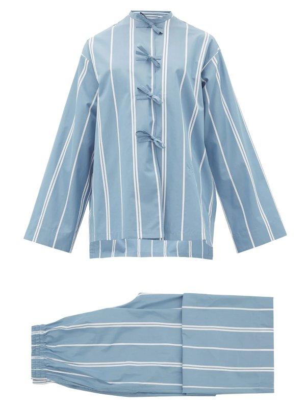 蓝色条纹睡衣套装