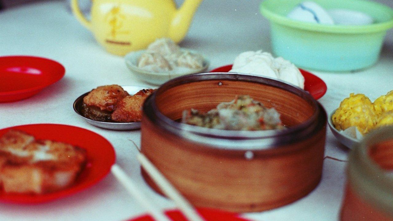 巴黎去哪儿喝广式早茶?这些餐馆值得一试,干炒牛河、生滚粥、虾饺、糯米鸡等,收藏!