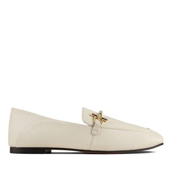 米白色乐福鞋