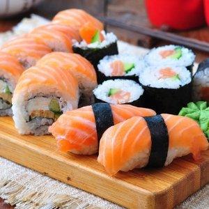 法兰小伙伴看过来日式餐厅 YAOMI 2人餐仅€15,人均才€7.5
