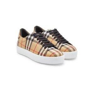 Burberry格纹平底鞋