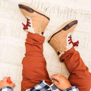 6折+包邮Robeez  婴儿学步鞋促销,有软底婴儿靴子