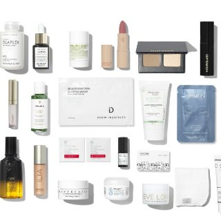 $265($812 Value)SpaceNK Advent Calendar - The Beauty Anthology