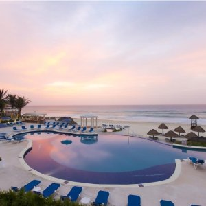From $150 Adults-Only Golden Parnassus Resort and Spa Cancun