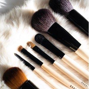 刷具7.5折 满$75加送自选4件套Bobbi Brown 彩妆刷具特卖送好礼 收粉底刷、刷具套装