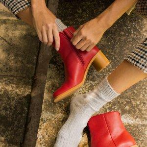 Camper女款小红靴