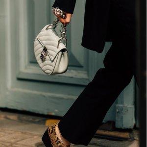 低至5折 卡包$149收NET-A-PORTER中国澳门站 精选Chloe服饰鞋包等热卖