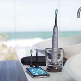Philips Sonicare DiamondClean Smart 9300 Series Toothbrush Kit