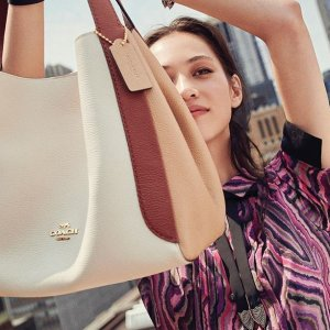 Up To 50% OffCoach Tote Bags Sale