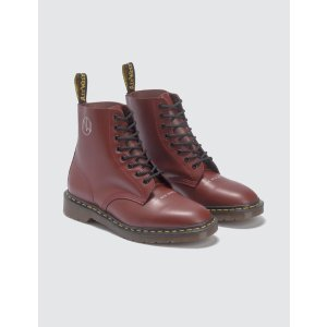 Undercover x Dr. Martens 马丁靴