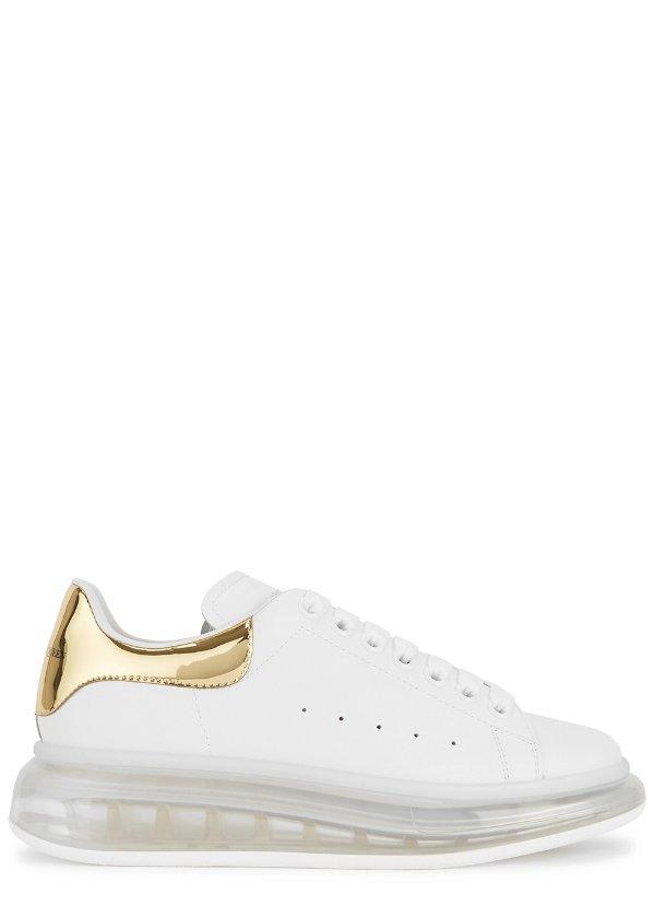 透明底金尾小白鞋