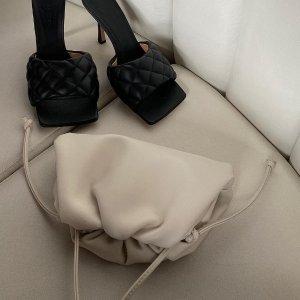定价优势+免邮 变相6.5折Bottega Veneta 纯白色小云朵 $1420(原价$2170)好价