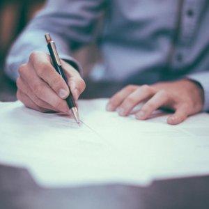 收费灵活 执照律师1对1服务Legelzoom法律咨询  合同撰写 商业法务 遗产信托全专家