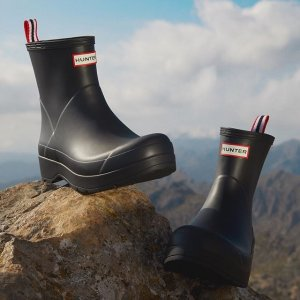 Up To 40% OffHunter Summer Boots Sale