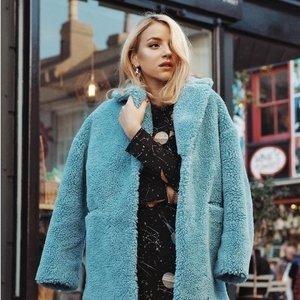 8折 各类美裙、T恤收起来Topshop 正价新款美衣热卖 反季囤大衣